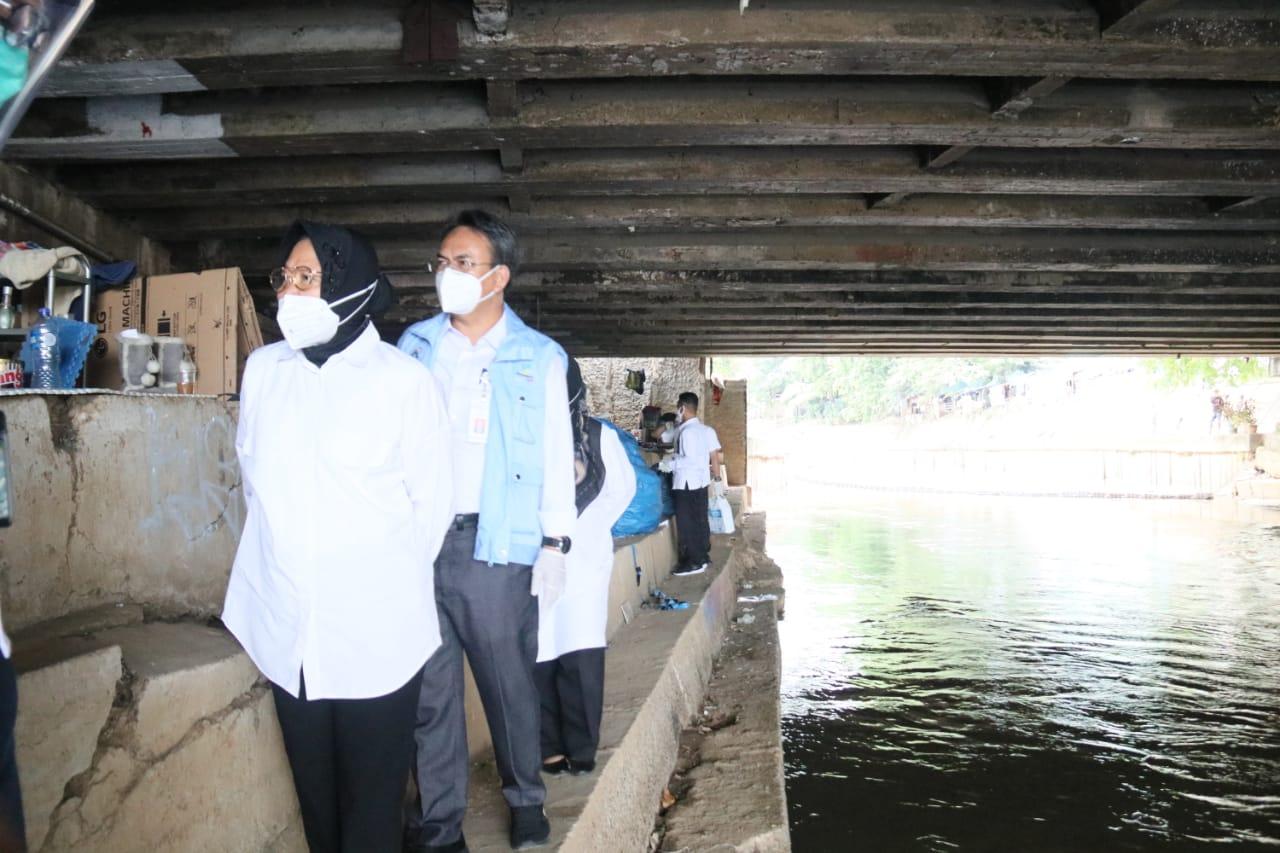Hunian Kolong Jembatan: Bukan Fenomena Baru, Tapi Perlu Penanganan Jitu
