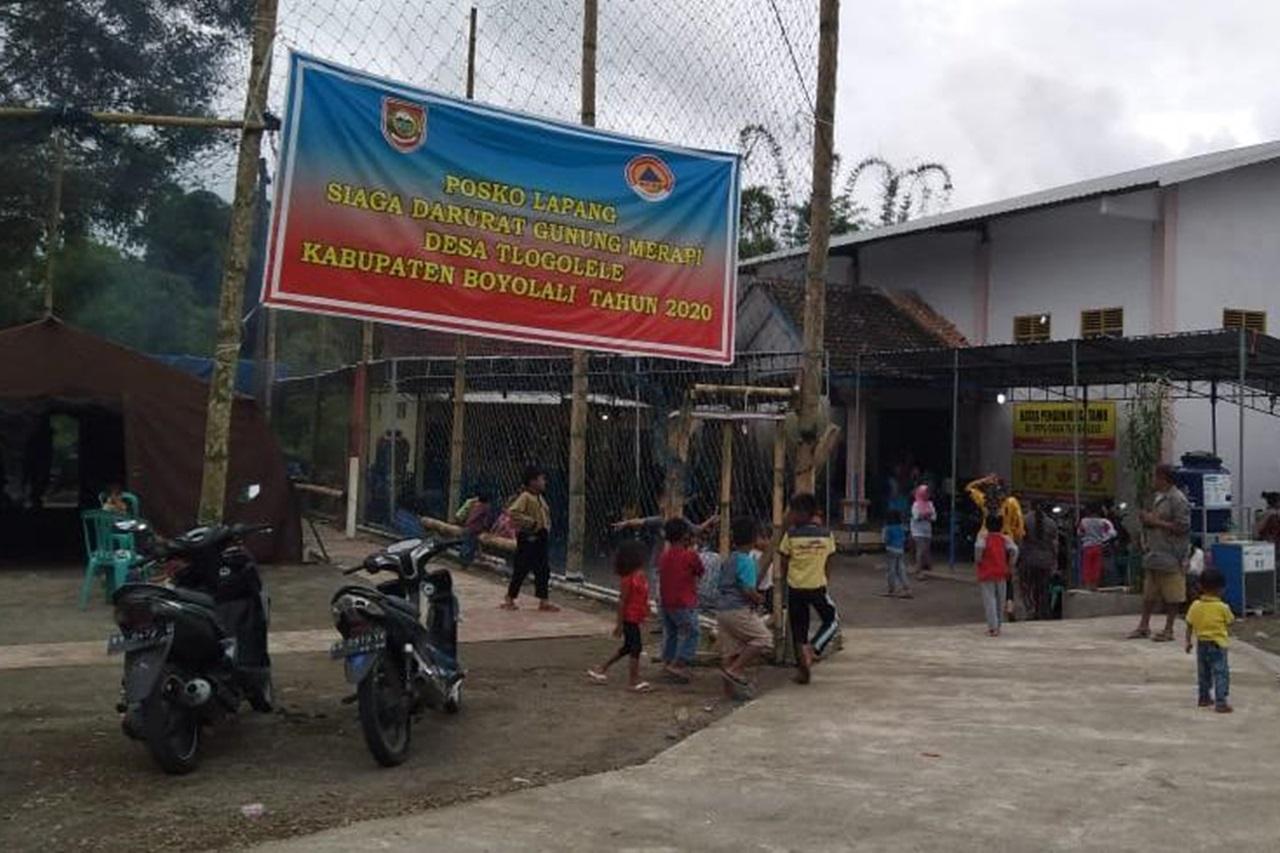 "Balai Besar ""Kartini"" Menyapa Pengungsi Merapi di Selo Boyolali"