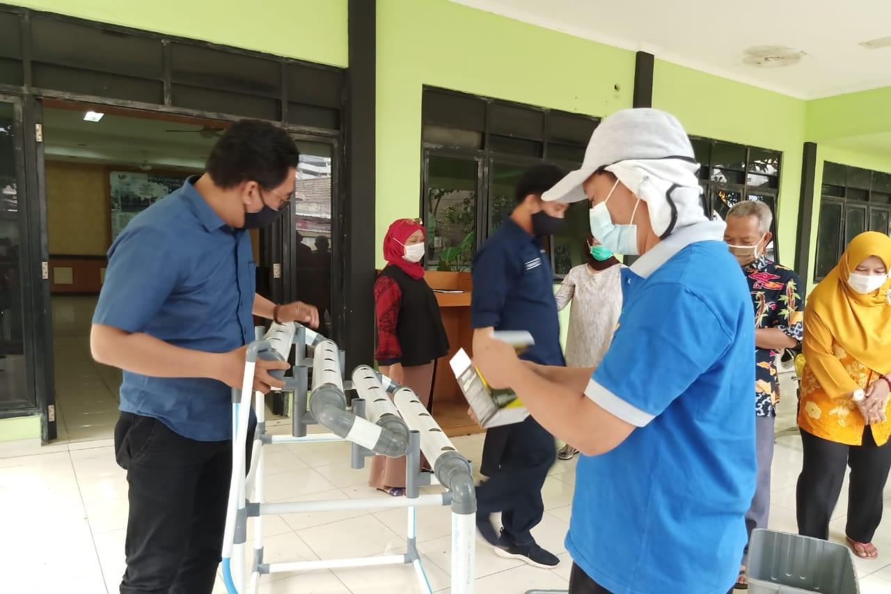 """Pelatihan Hidroponik Balai Karya """"Mulya Jaya"""" Guna Kembangkan Keterampilan Penerima Manfaat"""