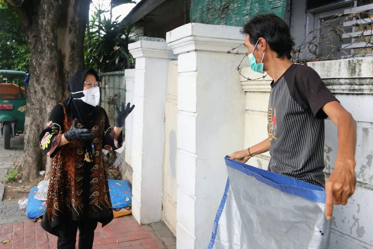 Mensos Risma Temui PPKS di Kramat Jati