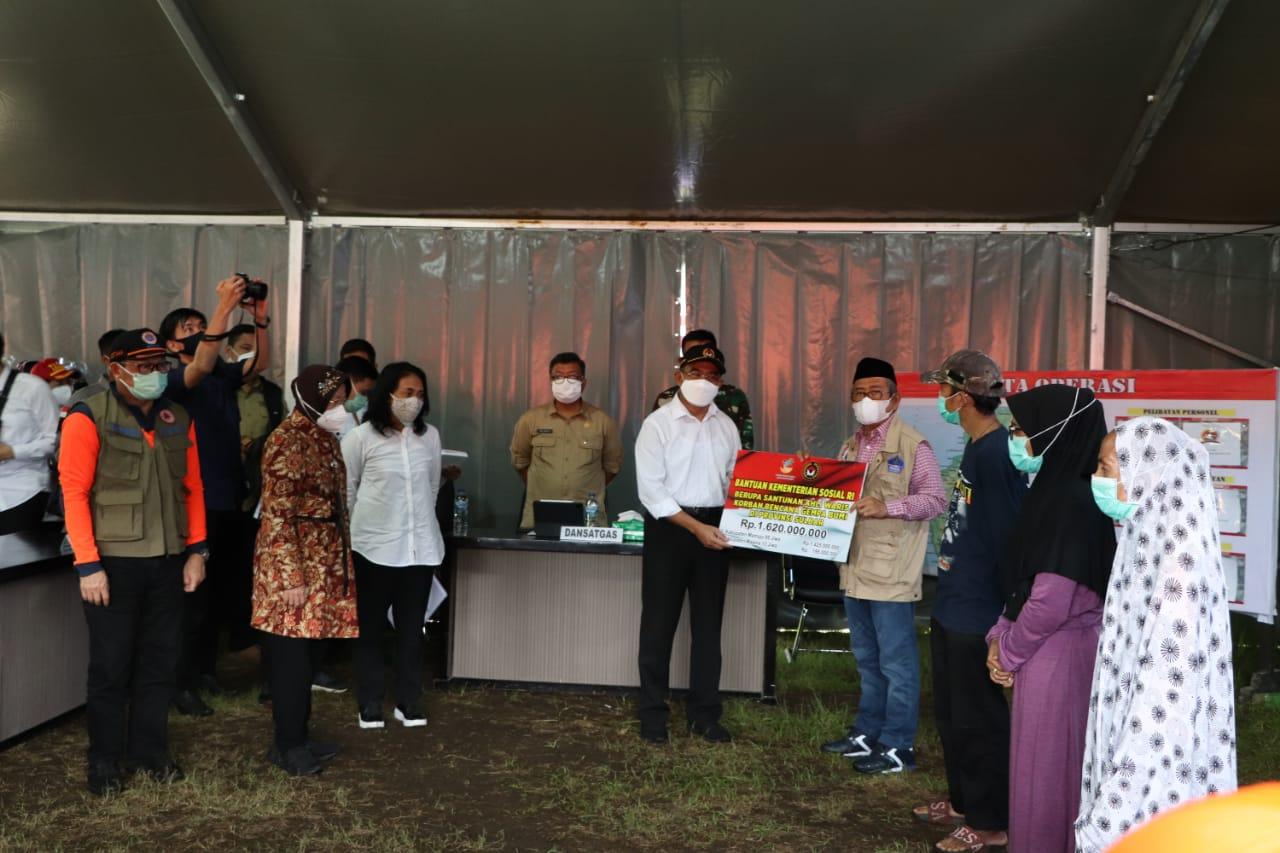 Penyerahan Santunan Ahli Waris Korban Bencana Gempa Sulawesi Barat