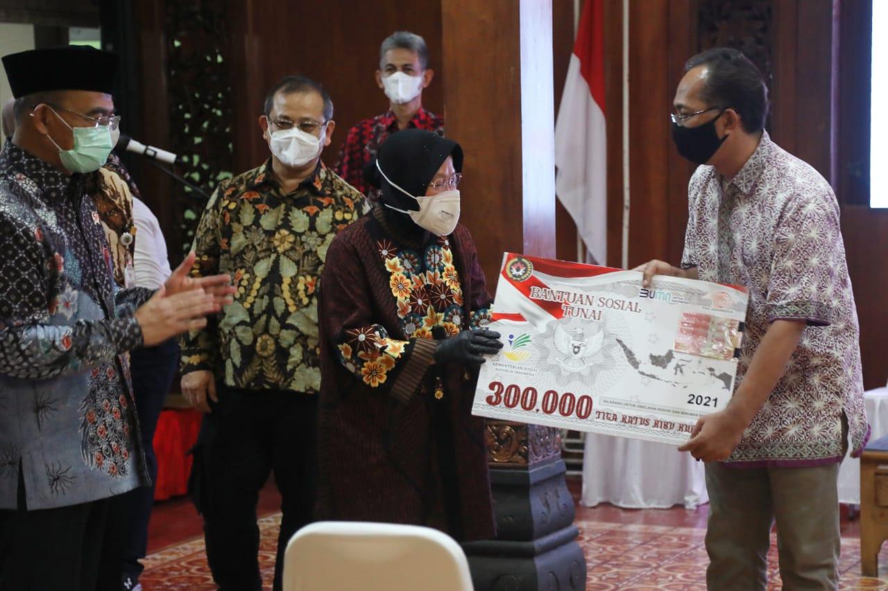 Cek Penyaluran Bantuan Tunai di Surakarta, Mensos Ajak Pemda Padankan Data