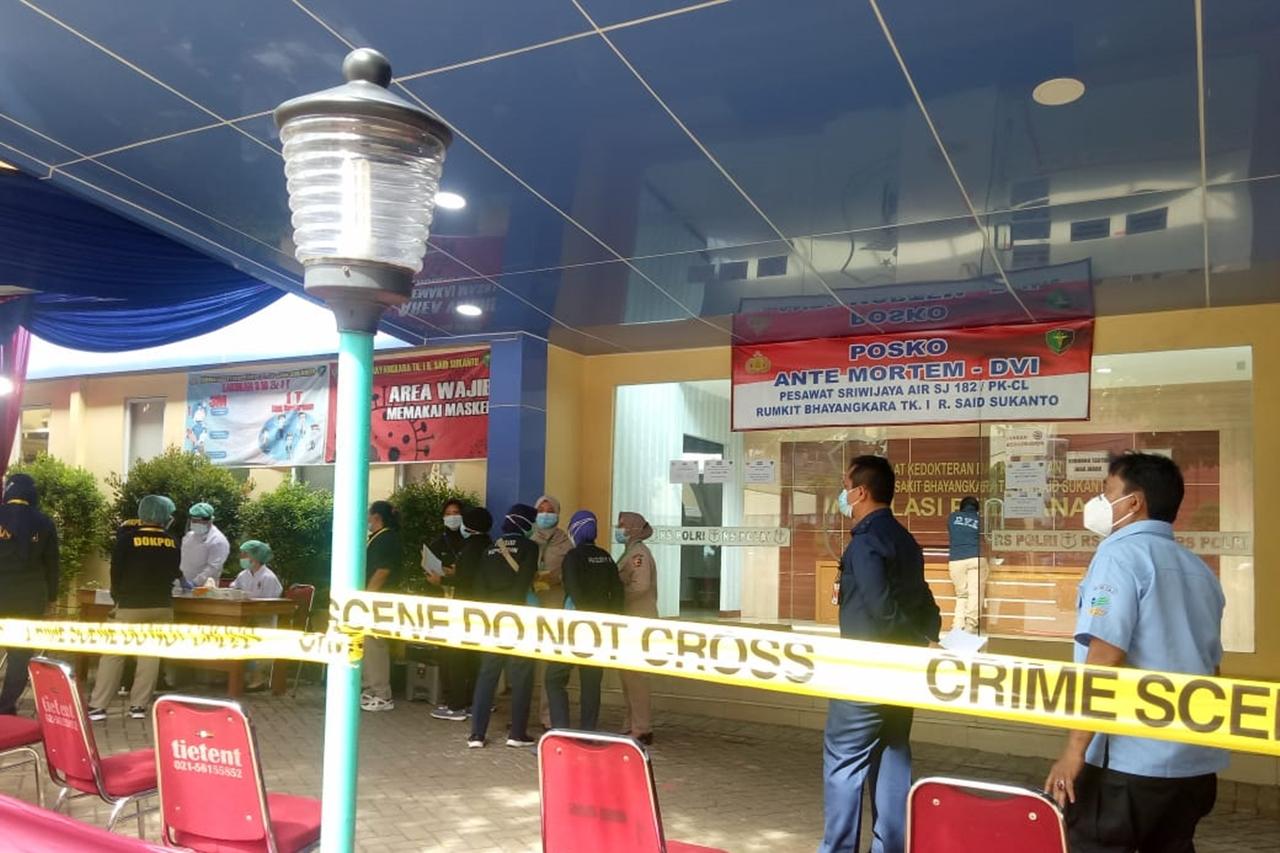 Keluarga Korban Sriwijaya Air SJ-182: Saya Berharap Masih Ada Keajaiban