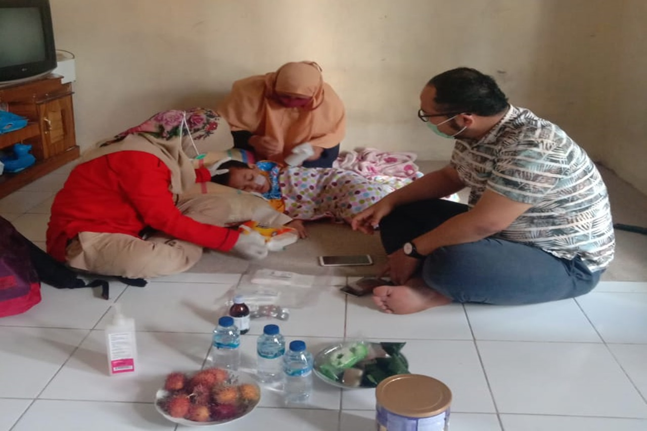"""""""Handayani"""" Children's Center Responses to Cases of Children with Disabilities in Tanjung Barat Village"""