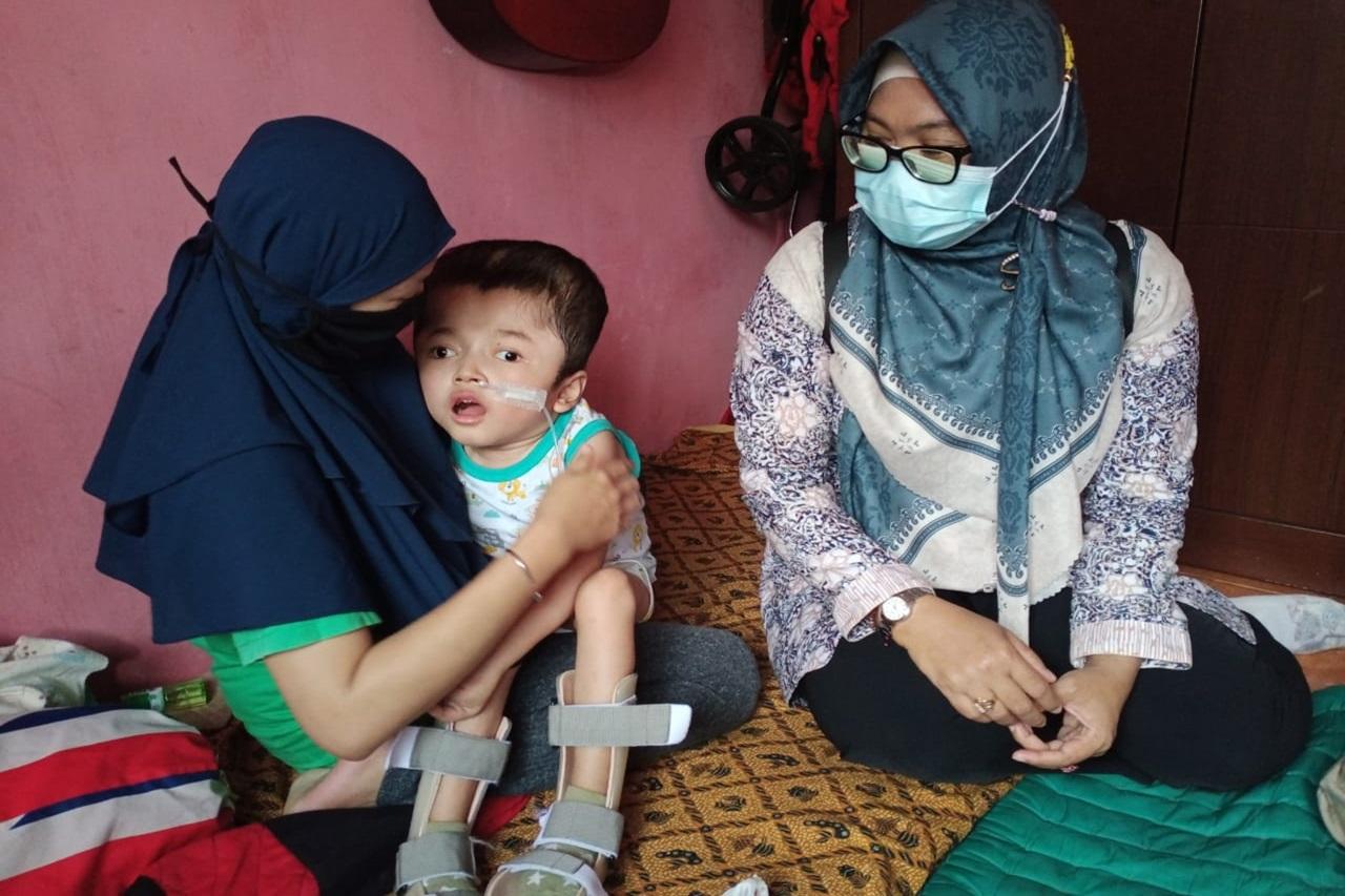 Pantau Perkembangan PM Hidrosefalus, Kemensos Kembali Mengalirkan Bantuan