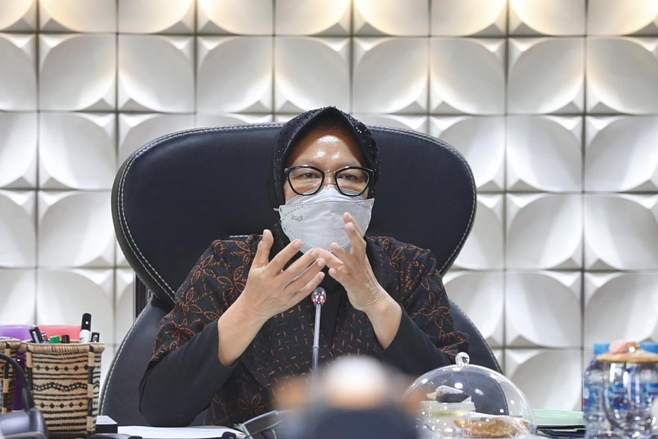 Mensos Dorong Pekerja Sosial Ambil Peran Nyata Atasi Dampak Pandemi