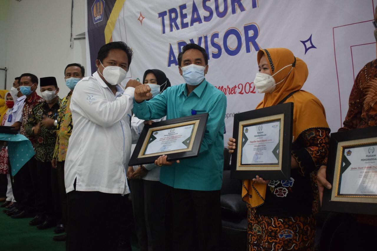 """Balai Disabilitas """"Dharma Guna"""" Bengkulu Raih Peringkat Pertama Laporan Keuangan Terbaik Tahun 2020"""