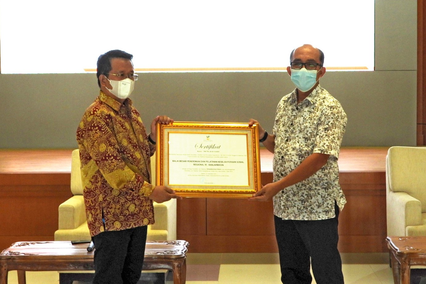 "BBPPKS Banjarmasin Wins ""Fully Accredited"" Predicate, Strengthens Social Welfare HR Competencies through E-Learning"