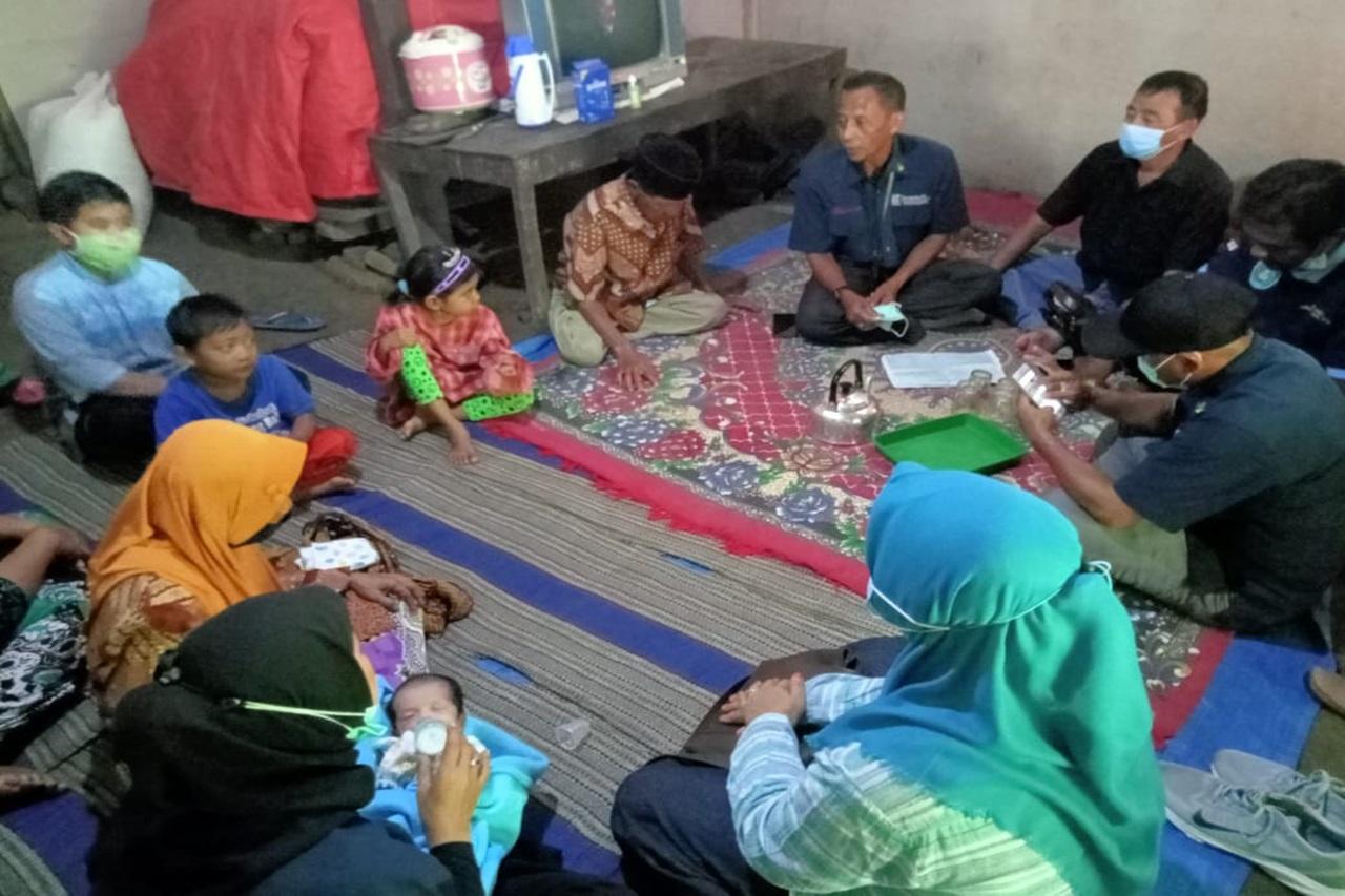 """Kementerian Sosial Berikan Layanan Dukungan Psikososial Kepada Keluarga """"L"""" di Ponorogo"""