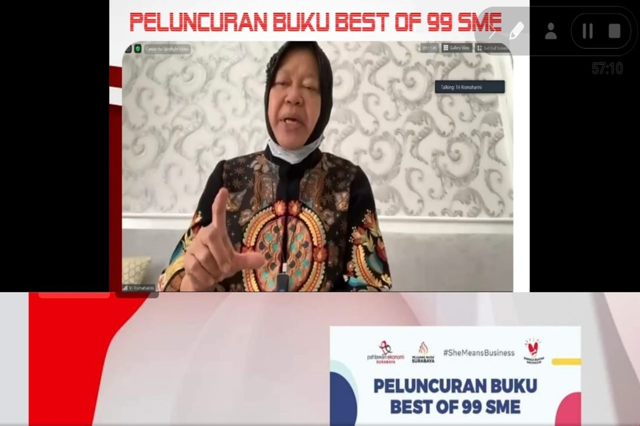 "Risma Luncurkan Buku ""Best of 99 SME"" bagi Wirausahawan Indonesia"