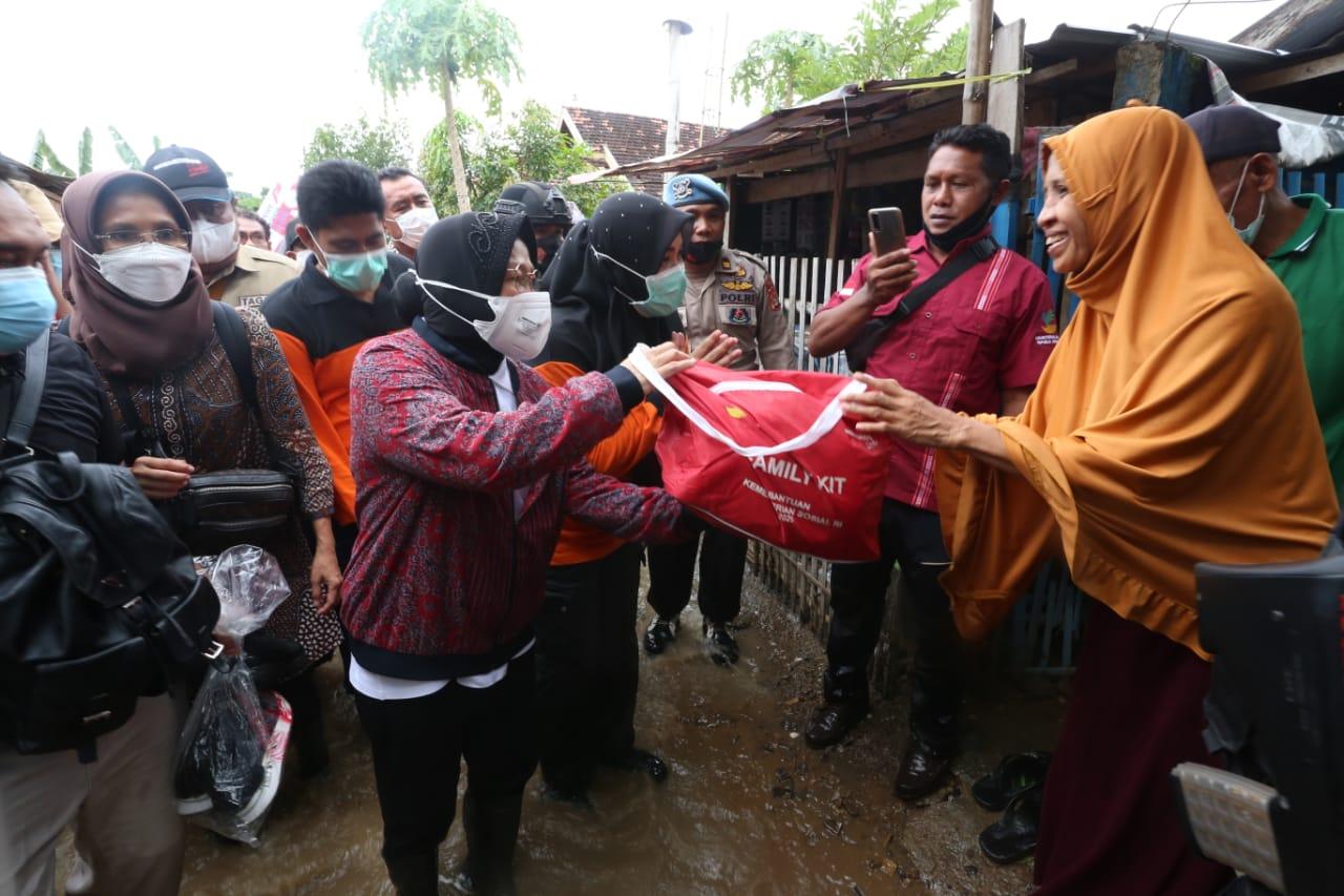 Mensos Tinjau Lokasi Terdampak Banjir Di Bima