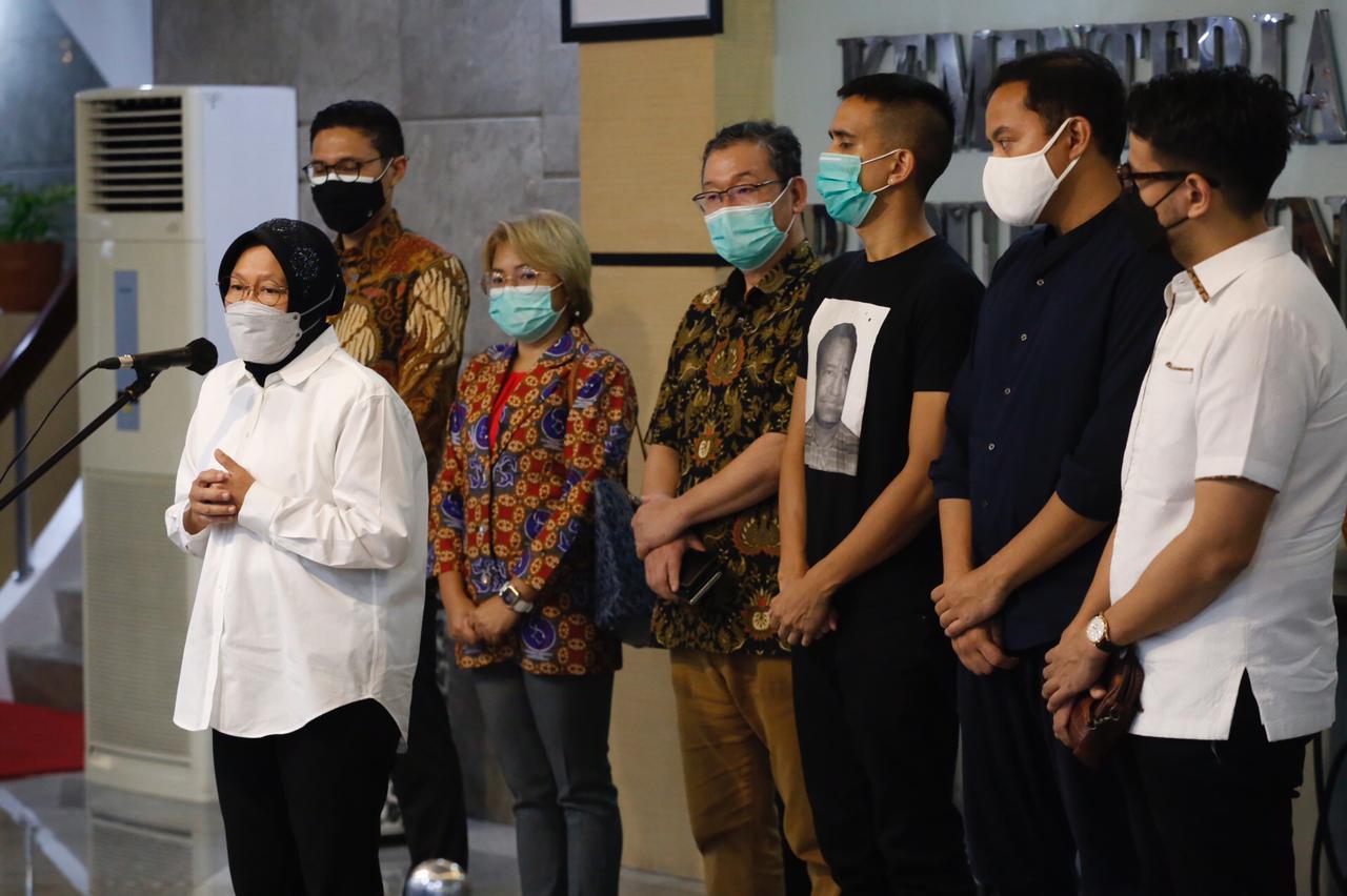 Mensos Ajak Dunia Usaha, Para Dermawan, dan Masyarakat Bantu Ringankan Beban Penyintas Bencana di NTB dan NTT