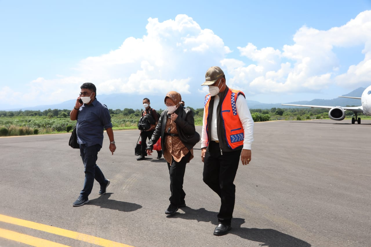 Landed in Maumere This Morning, the Minister of Social Affairs Continued the 3 Hour Journey to Larantuka