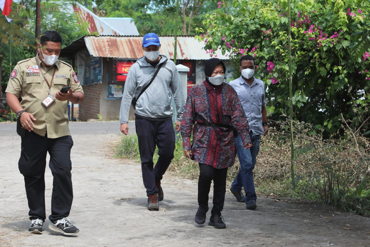 Mensos Kunjungi Posko Tanggap Bencana di Kabupaten Lembata