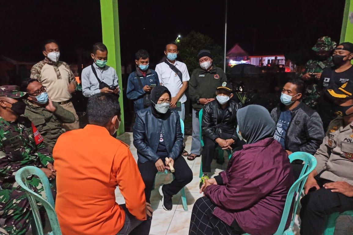 Kemensos Serahkan Santunan kepada 8 Ahli Waris Korban Meninggal Akibat Gempa