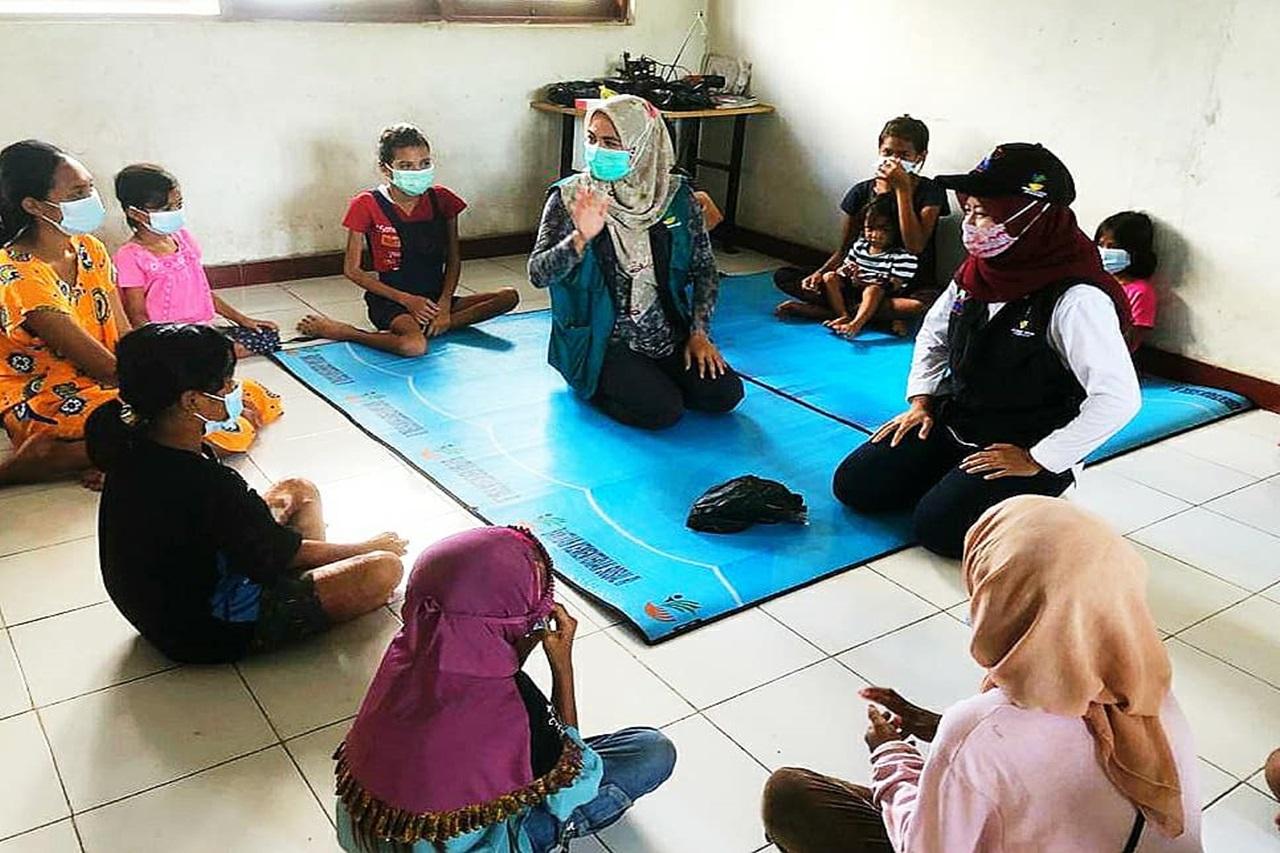 """Balai Disabilitas """"Budi Luhur"""" Berikan LDP untuk Korban Banjir di Sumba Timur"""