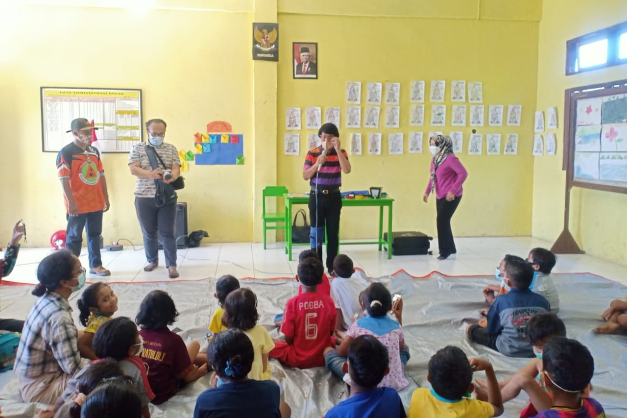 Ministry of Social Affairs Continues to Accompany Child Victims of Disasters in NTT