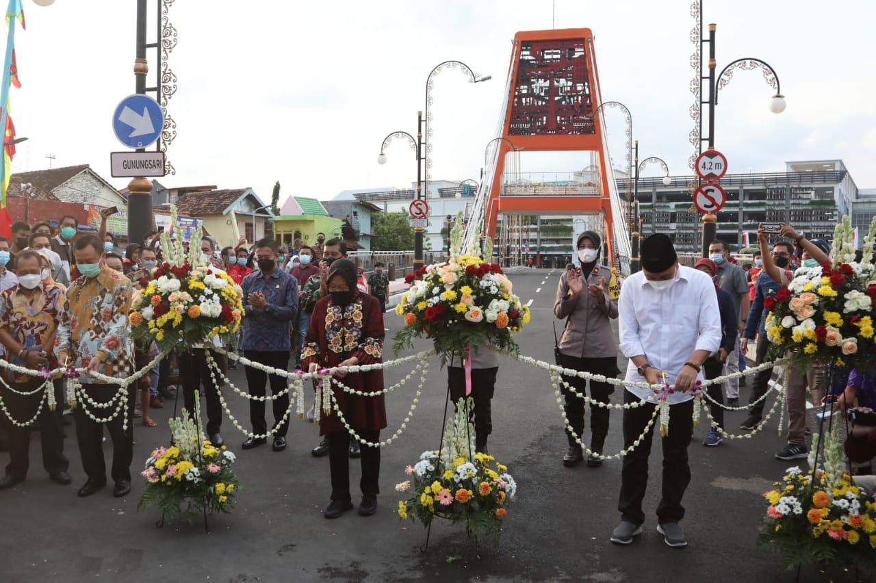 Dukung Sarana Intermoda Kota Surabaya, Mensos Resmikan Jembatan Sawunggaling