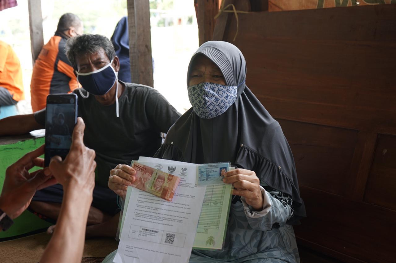 Sinergi Aparat Berjalan Baik, Salur BST di Kabupaten Bekasi Capai 97%