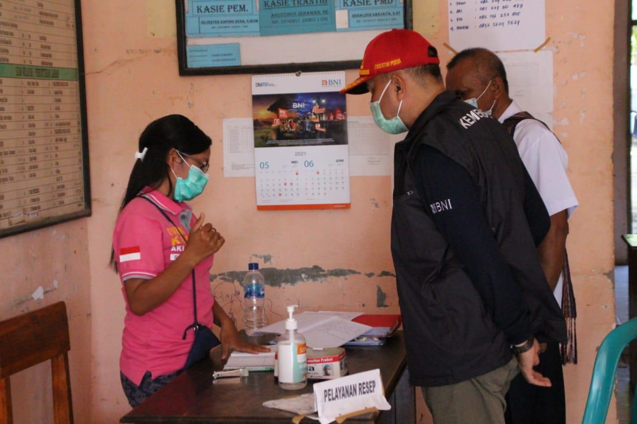 Peninjauan Posko Pelayanan Pasca Bencana Banjir Bandang NTT