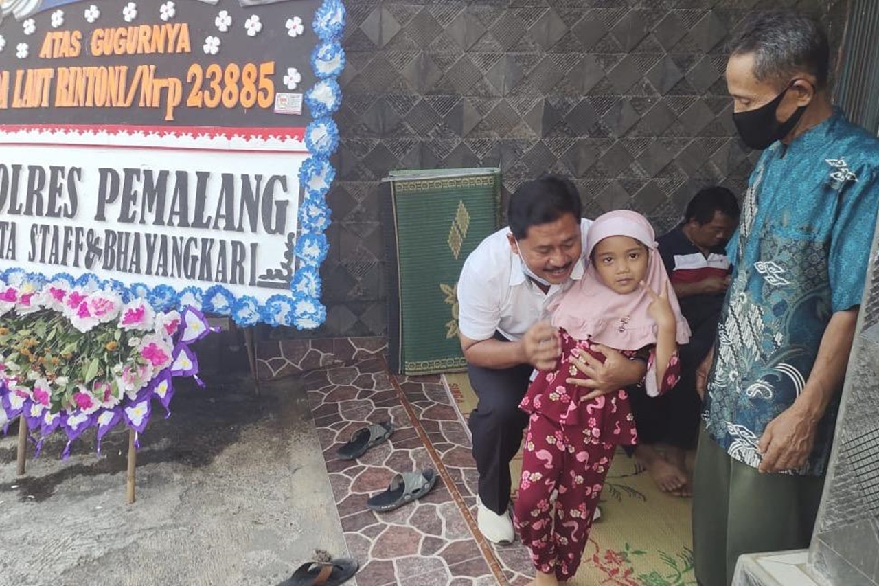 Ministry of Social Affairs Provides LDP, Education, and Nutrition Assistance for Families of Lieutenant Rintoni
