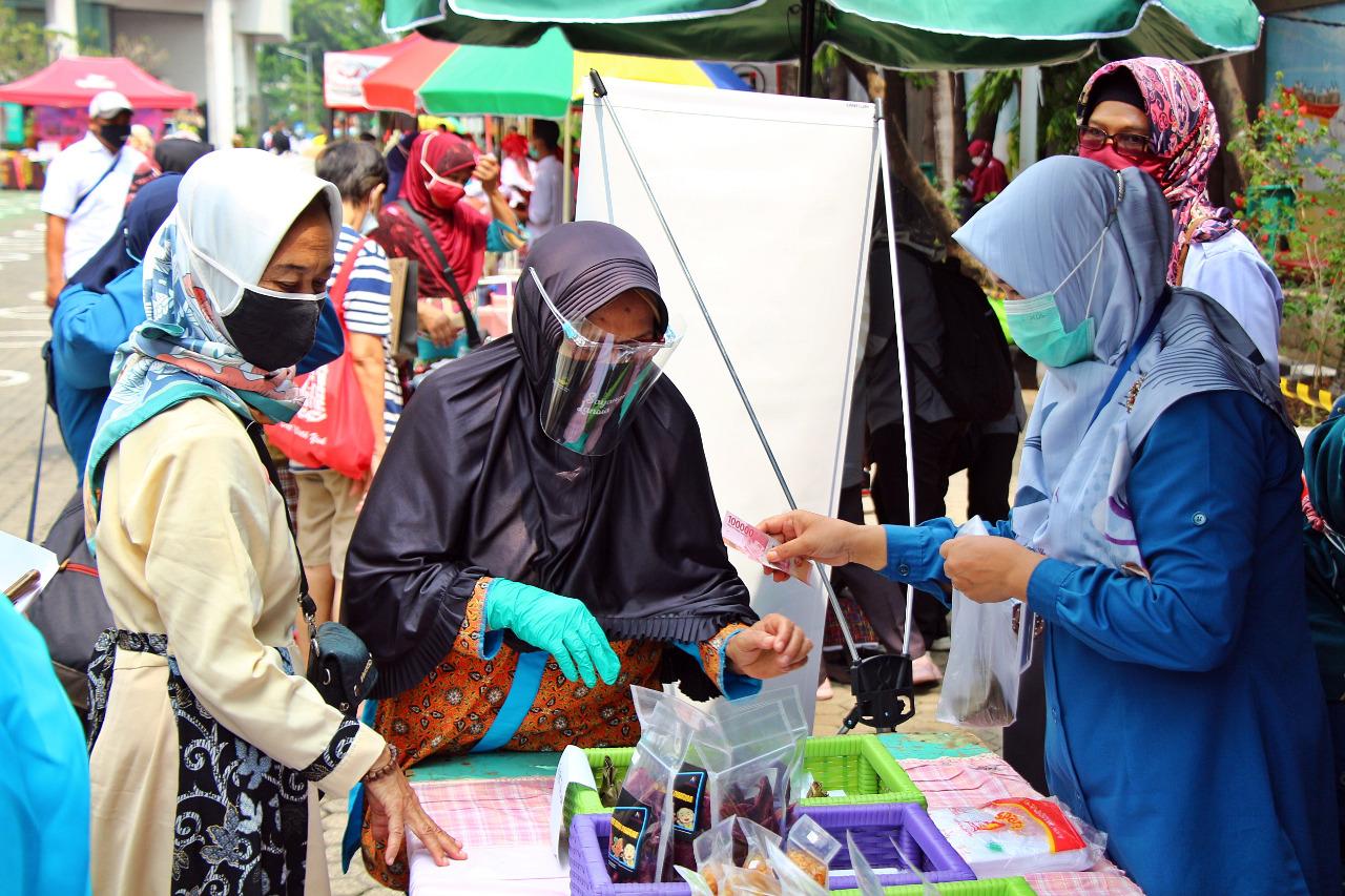 "Senyum Bahagia PM ""Budhi Dharma"" Bisa Kunjungi Bazar Ramadan"