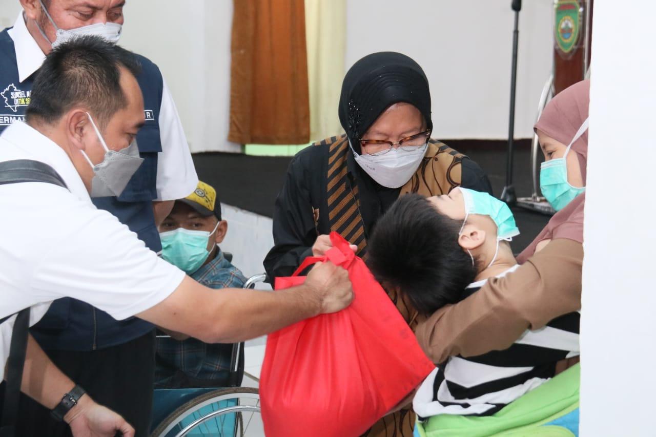 """Kunker Mensos ke Balai Disabilitas """"Budi Perkasa"""" di Palembang"""