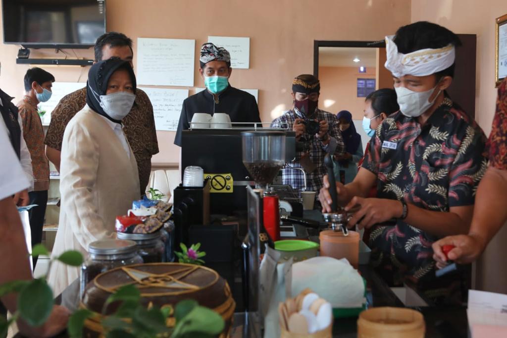 Kunjungi Balai Netra Mahatmiya Bali, Mensos: Semua Mungkin Asal Kita Mau