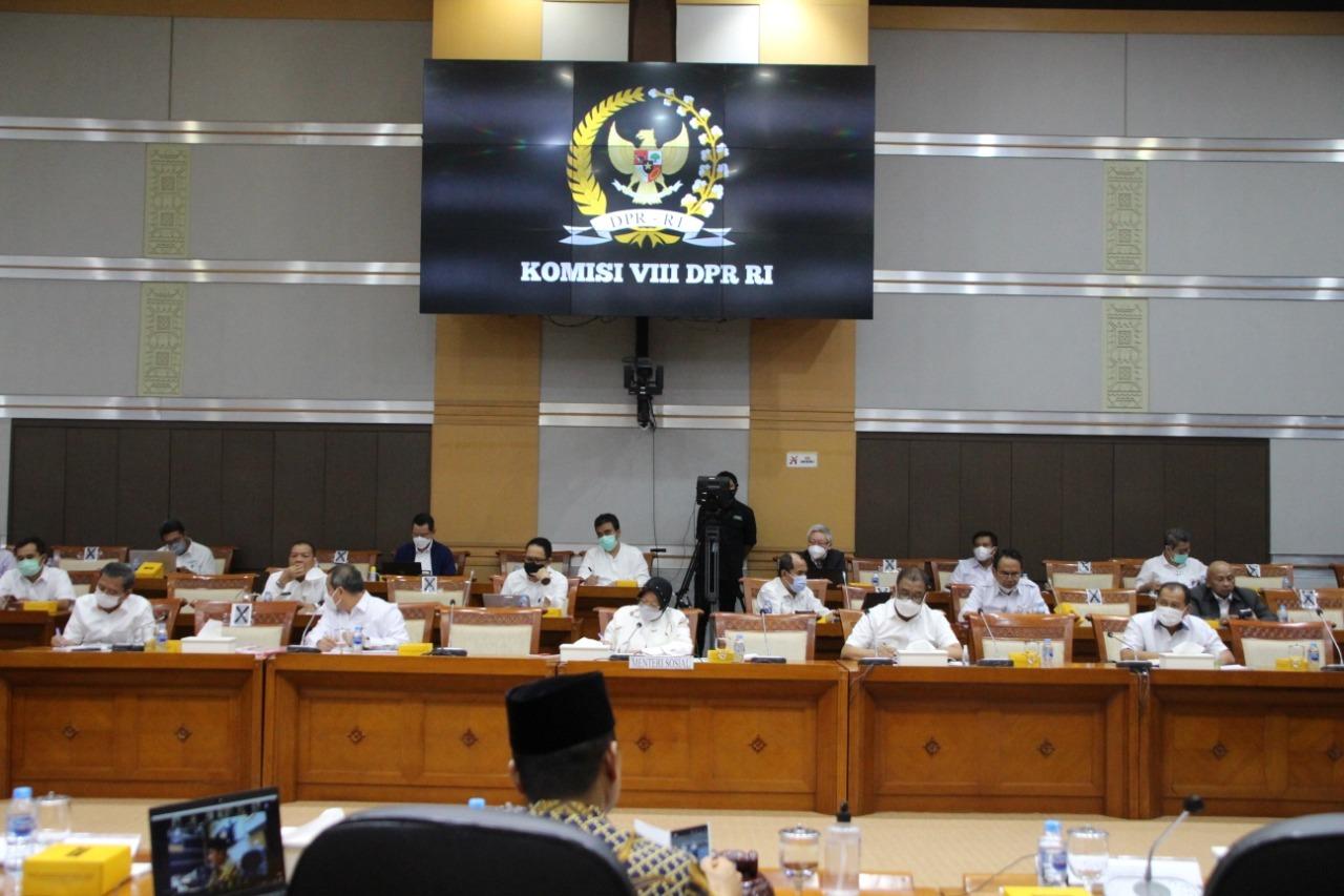 Rapat Kerja bersama Komisi VIII DPR RI Pembahasan Lanjutan Kebijakan Data Kemiskinan