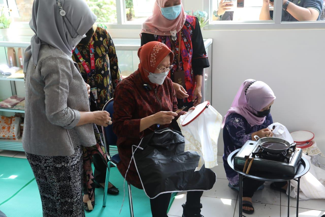 Akselerasi Kesejahteraan Warga Kurang Mampu, Mensos Ajak Keluarga Penerima Bansos Manfaatkan SKA