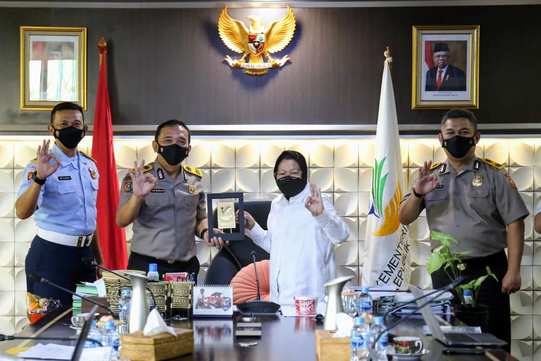 Mensos Risma Bagi Pengalaman Kepemimpinannya di KKP I Lemdiklat POLRI