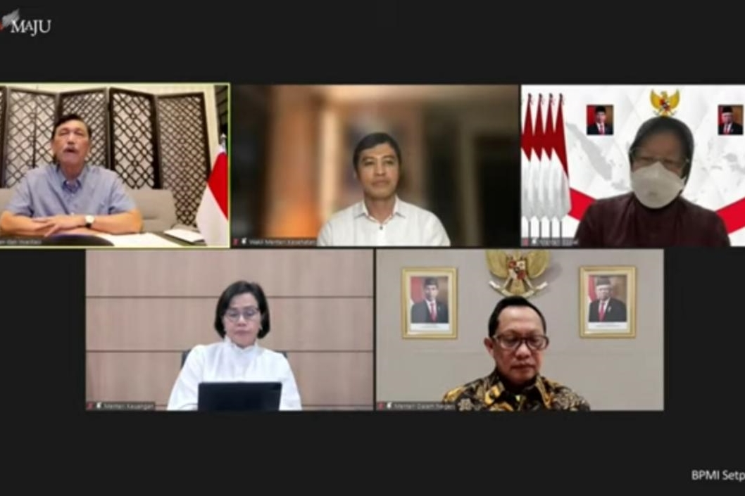 Respon Arahan Presiden, Mensos Dorong Penyaluran 2.010 Ton Beras untuk Pekerja Informal Terdampak Pandemi Se-Jawa-Bali