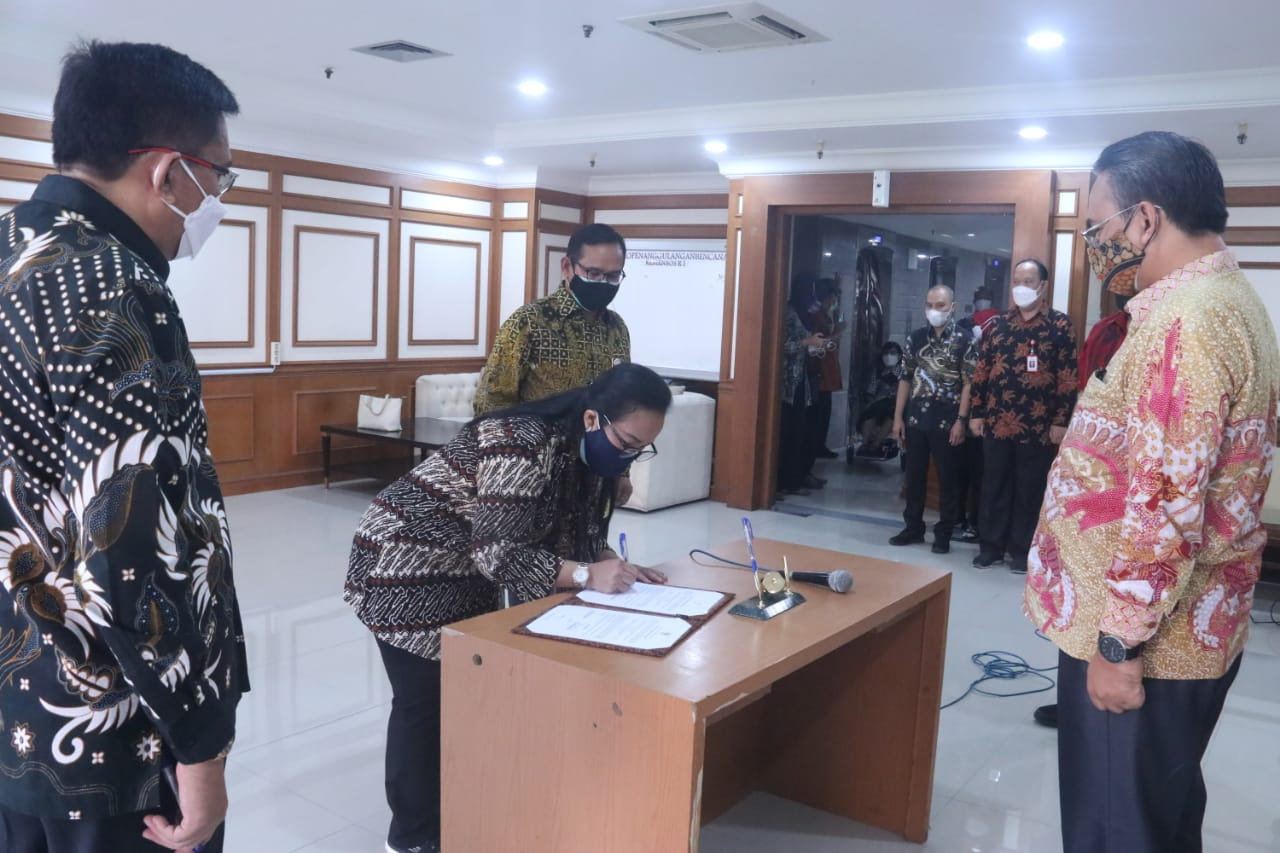Serah Terima Jabatan Pimpinan Tinggi Pratama di Lingkungan Ditjen Rehabilitasi Sosial dan Ditjen Perlindungan dan Jaminan Sosial