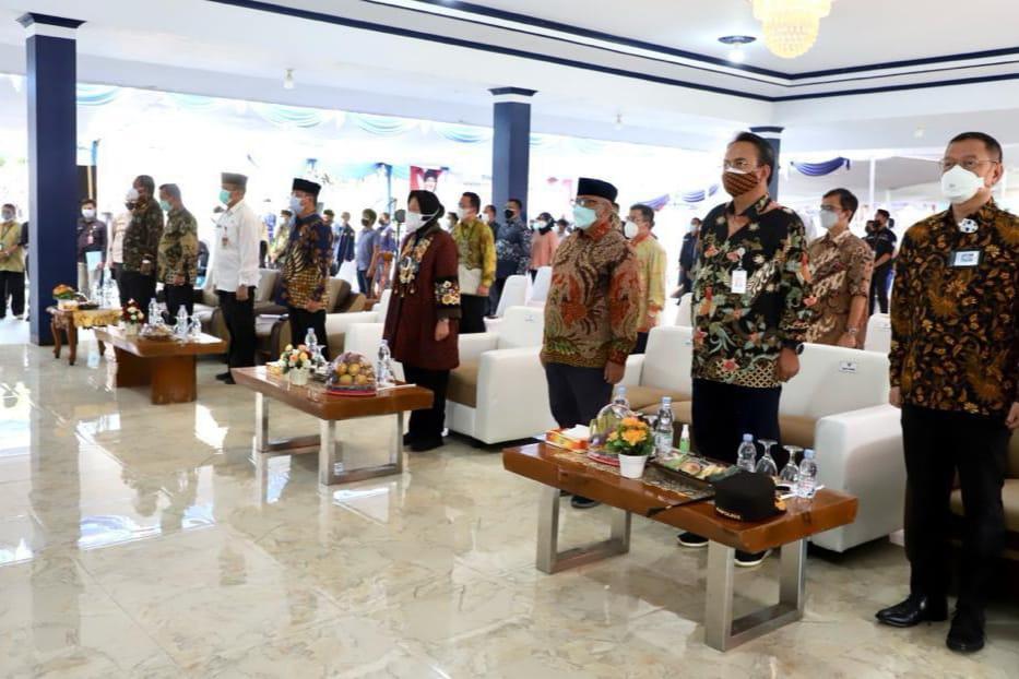 Kunjungan Kerja Mensos dengan Komisi VIII DPR ke Banten