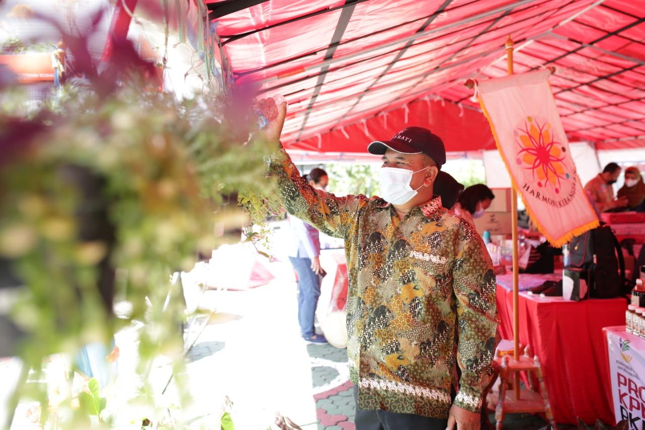 Pelaksanaan Bazaar dan Pameran Jelang HUT RI ke-76 di Kemensos