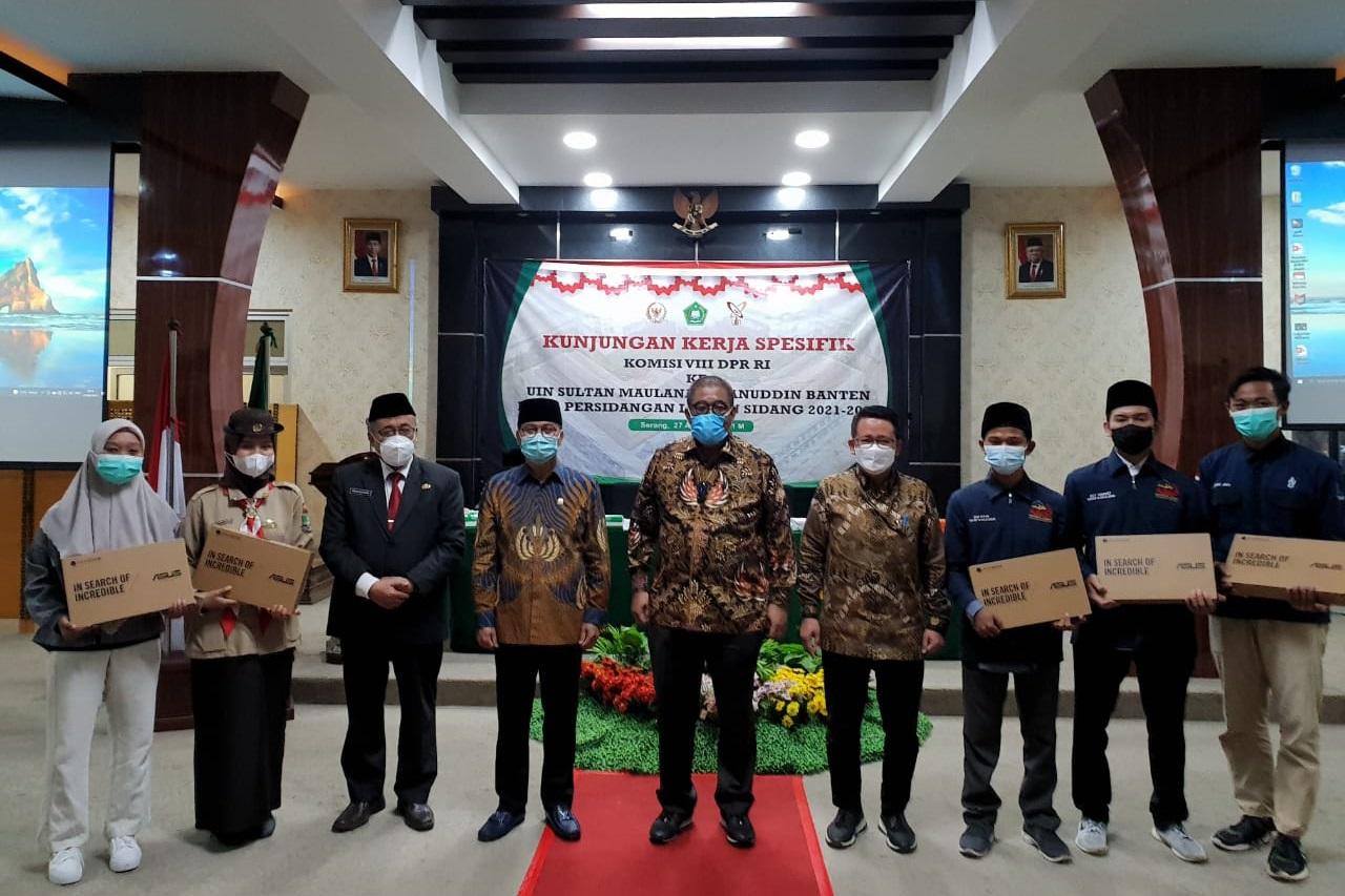 Kunjungan Kerja Spesifik Kemensos dan Komisi VIII DPR RI di Serang