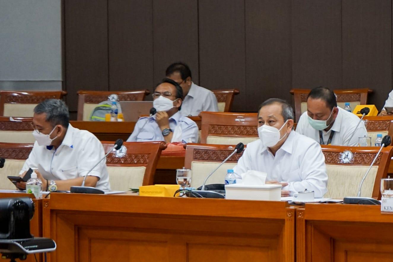 Rapat Dengar Pendapat Kemensos dan Komisi VIII DPR RI