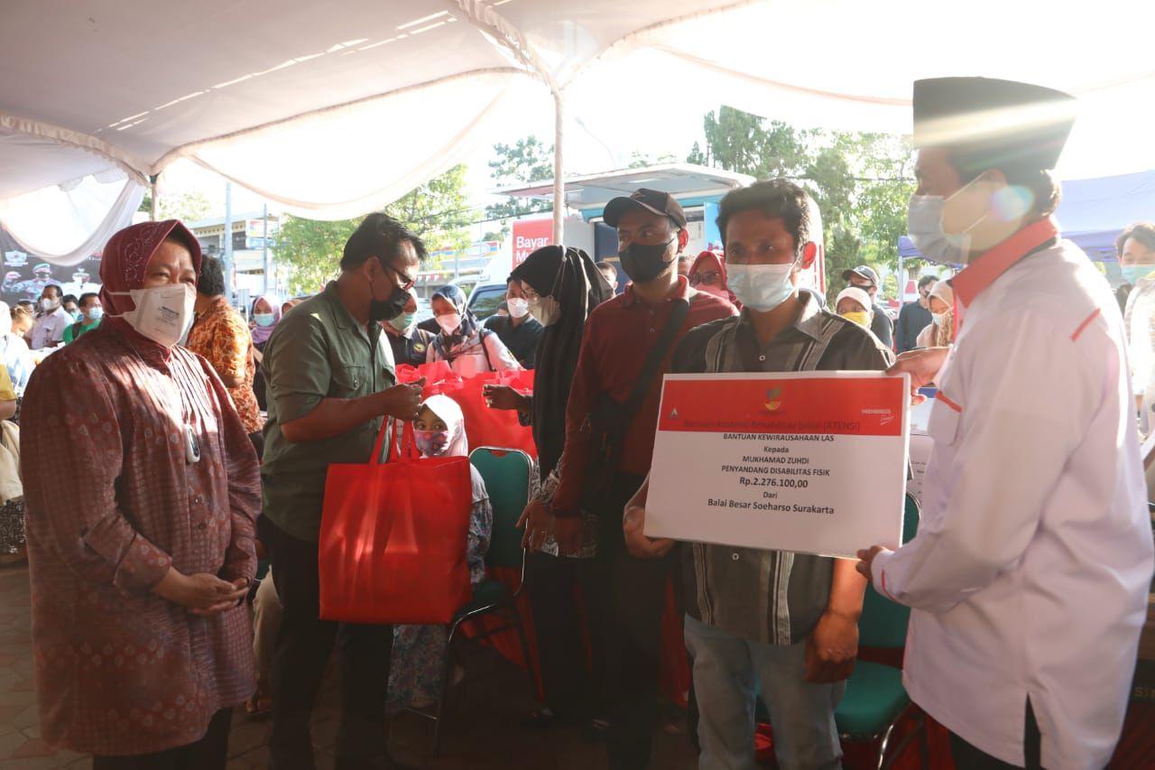 Kunjungan Kerja Menteri Sosial RI  Bersama Komisi VIII DPR RI Ke Kabupaten Semarang