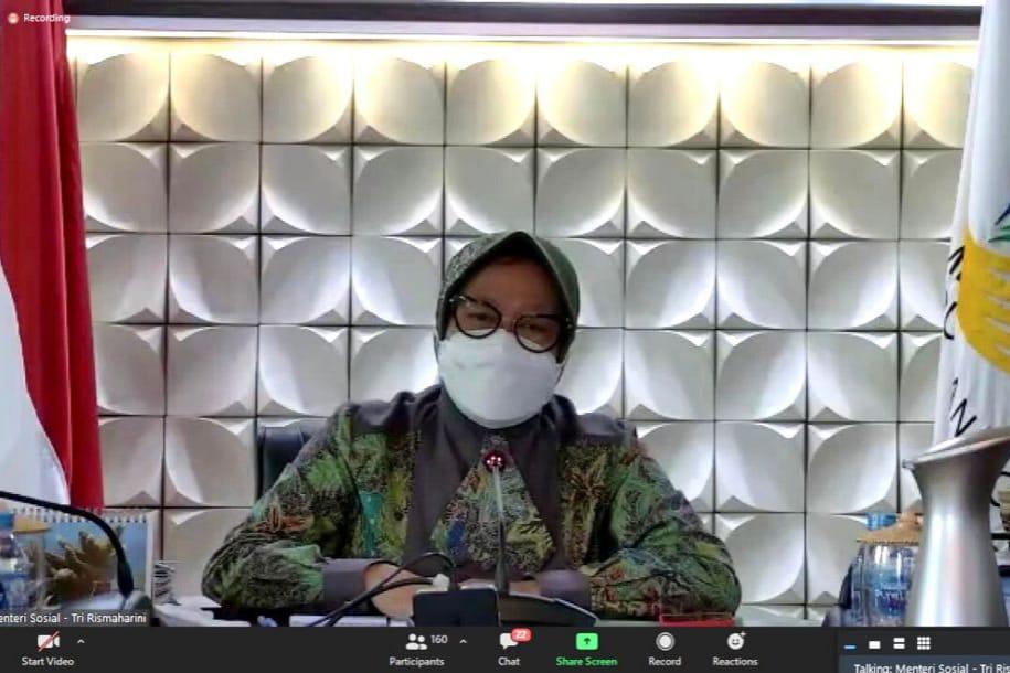 Bantu Masyarakat Terdampak Pandemi, Mensos Paparkan Empat Strategi Penanganan Dari Perbaikan Data Hingga Pemberdayaan Sosial