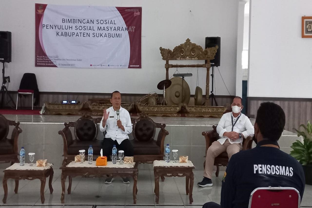 Bimbingan Sosial untuk Penguatan Penyuluh Sosial Masyarakat Sukabumi