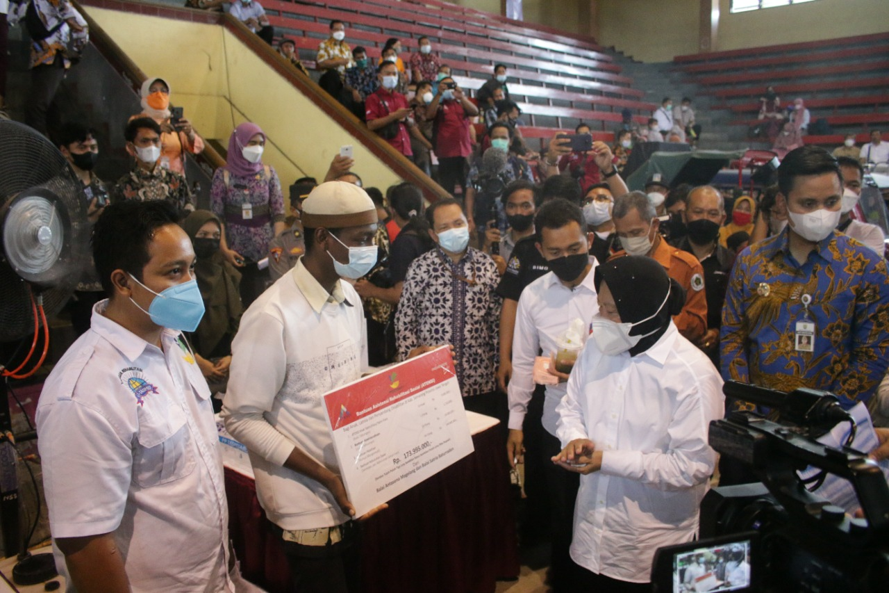 """Balai """"Satria"""" Baturraden Salurkan Bantuan ATENSI untuk PPKS di Kendal"""