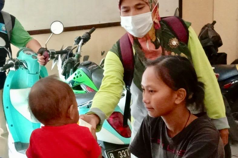 Kemensos Respon Bayi jadi Manusia Silver di Pamulang