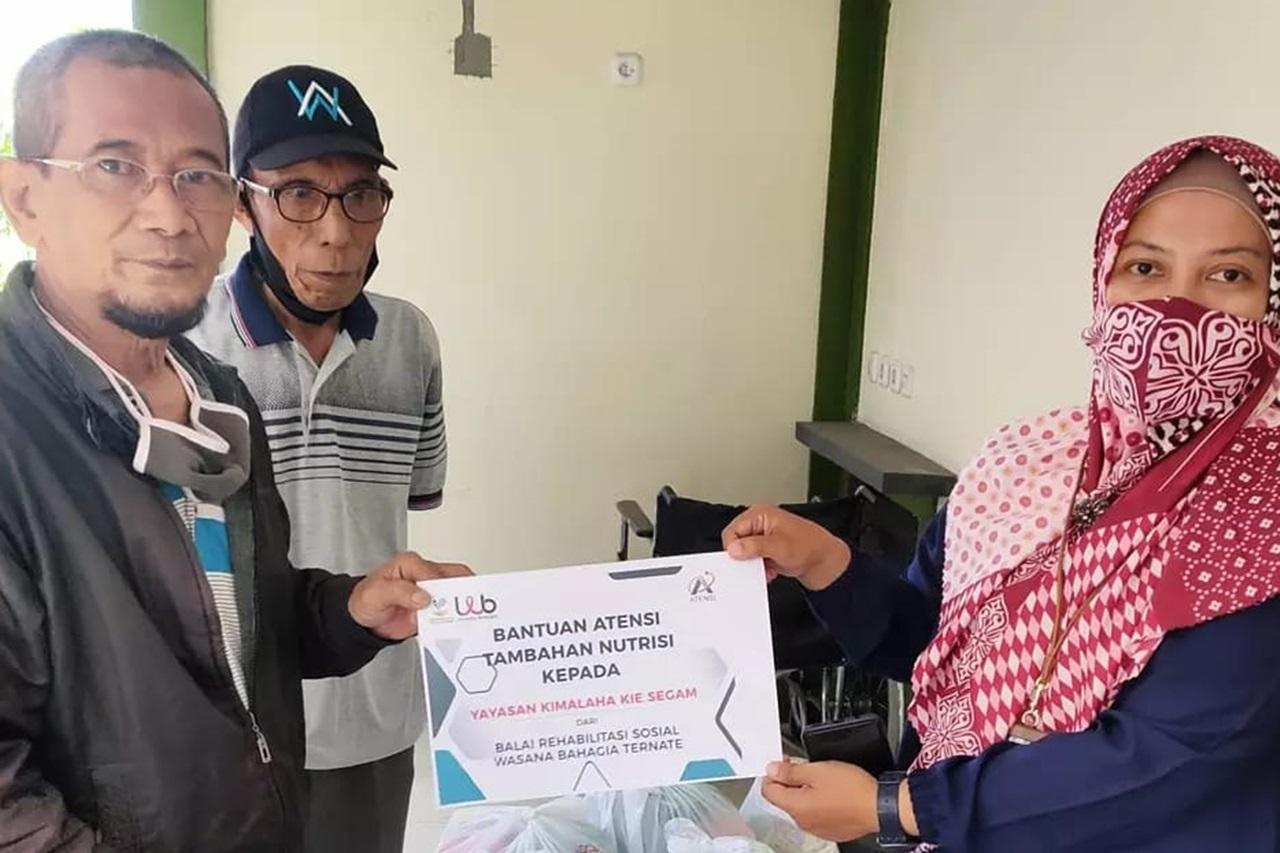 Kemensos Salurkan Bantuan ATENSI Berbasis Komunitas di Kota Ternate