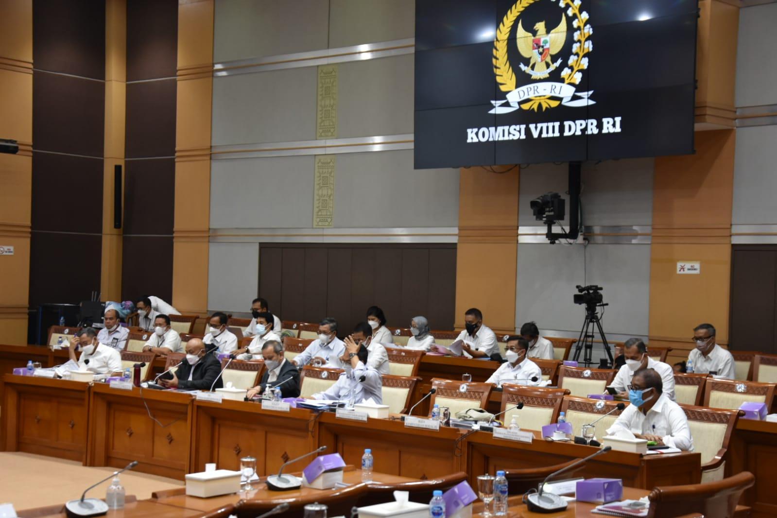 Rapat Dengar Pendapat Komisi VIII DPR dengan Kemensos