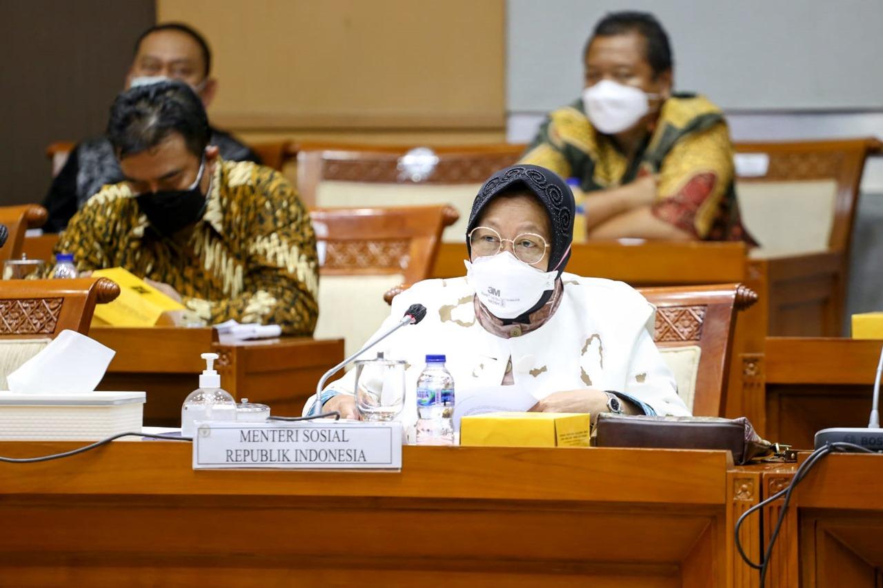 Rapat Kerja Kemensos dan Komisi VIII Bahas Kebijakan Kelembagaan BNPB